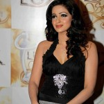Saba Qamar in Lux Style Awards 2011