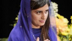 Hina Rabbani Khar looking hot