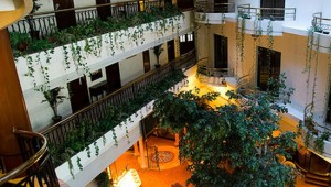 Carlton Hotel, Karachi