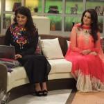 Hot Madhia Naqvi & Aunty Samiah Khan