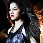 Hot Annie Khalid 'Vari Vari Jawan' video