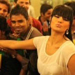 Veena Malik Kissing World Record